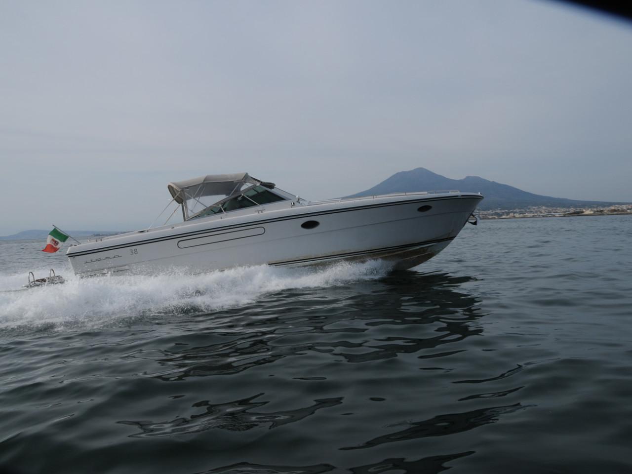 Cuor di Leone- Itama 38 | Noleggio barca privata Costiera Amalfitana