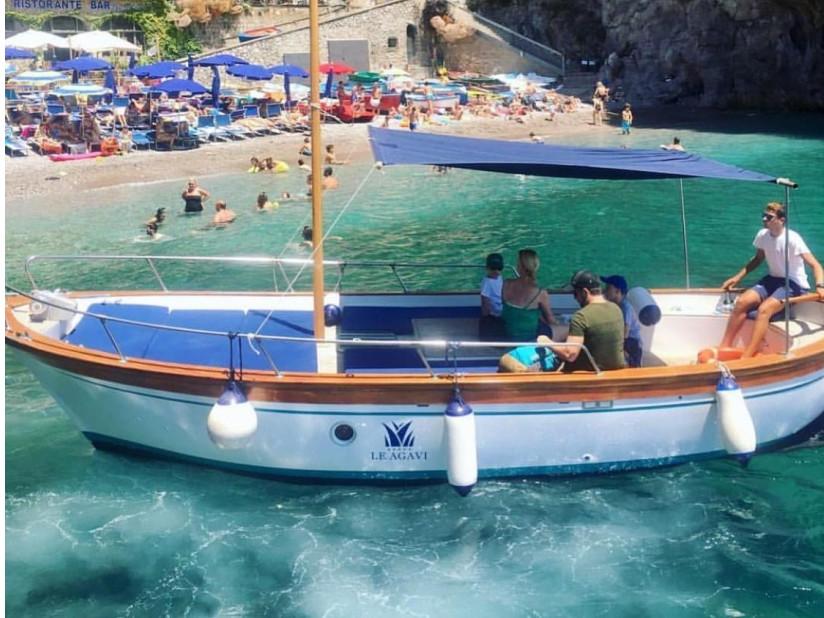 Capriccio - Poseidon 7,5 | Noleggio gozzo privato Costiera Amalfitana
